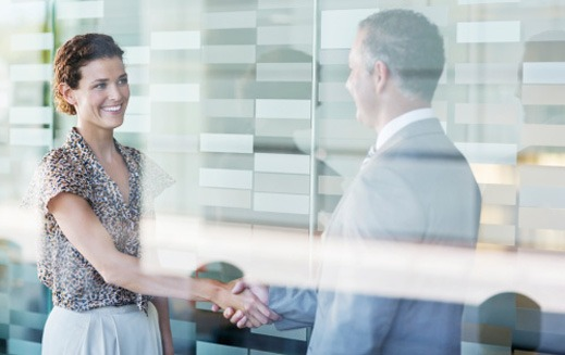 Public adjuster in Los Angeles shaking hands with a client